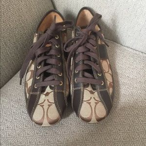 (2182). Coach sneakers. Size 8.5.  NWOT